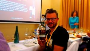 Grzegorz Nowicki w trakcie degustacji Kavalana/zdj. R.Janowski